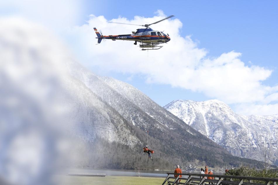 Tragödie im Dachsteingebirge: Lawine reißt Wandergruppe in den Tod