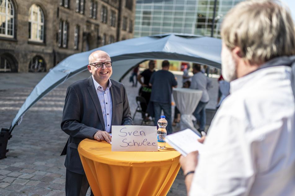 Redakteur Bernd Rippert befragte alle Kandidaten - hier Sven Schulze (48, SPD).