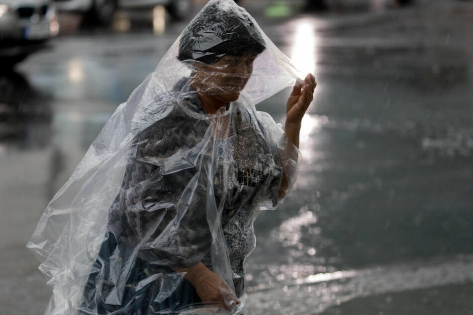 Auch in Berlin prasselt derzeit der Regen.