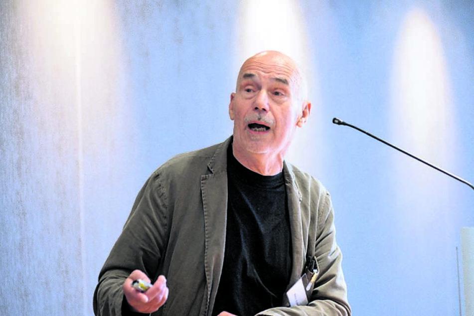 Peter Kulka (81)