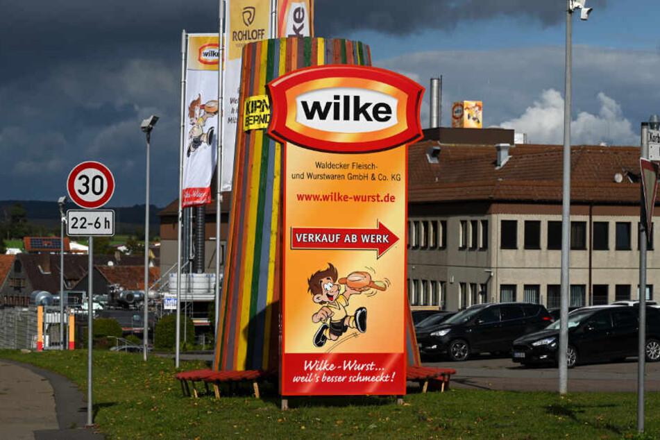 150 Betriebe betroffen! Landkreis warnt vor Wilke-Wurst