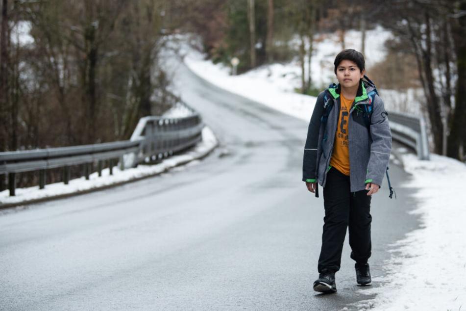 Marc auf seinem Schulweg.