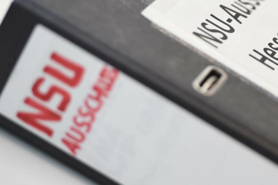 Verfassungsschutz muss Journalisten Auskunft zu NSU-Berichten geben