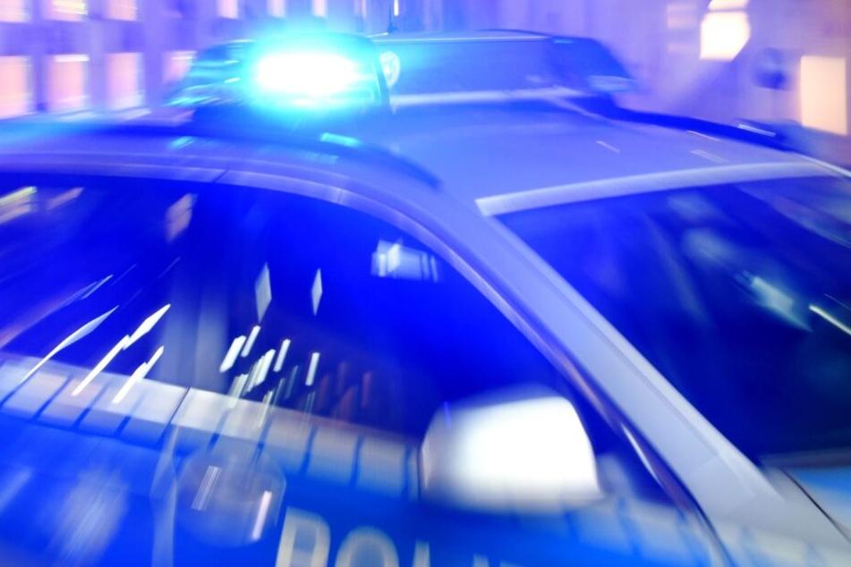 Die Polizei nahm nach dem Leichenfund ihre Ermittlungen auf.