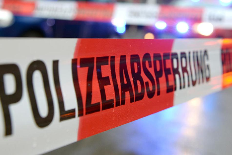 Die Polizei ermittelt gegen den 33-Jährigen wegen Verdachts des Tötungsdelikts.