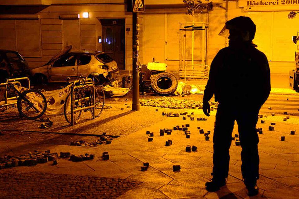Die Polizei hat mit der Rigaer Straße allerhand zu tun.