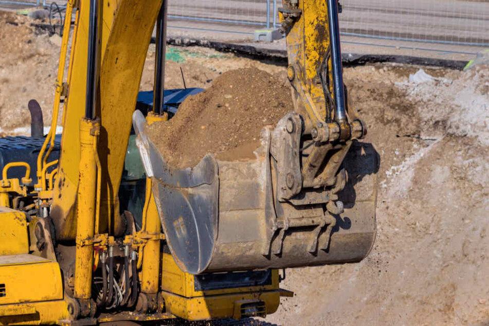 Ein 77 Jahre alter Rollstuhlfahrer ist am 20. Oktober in Berlin-Neukölln in eine Baugrube gestürzt (Symbolbild).
