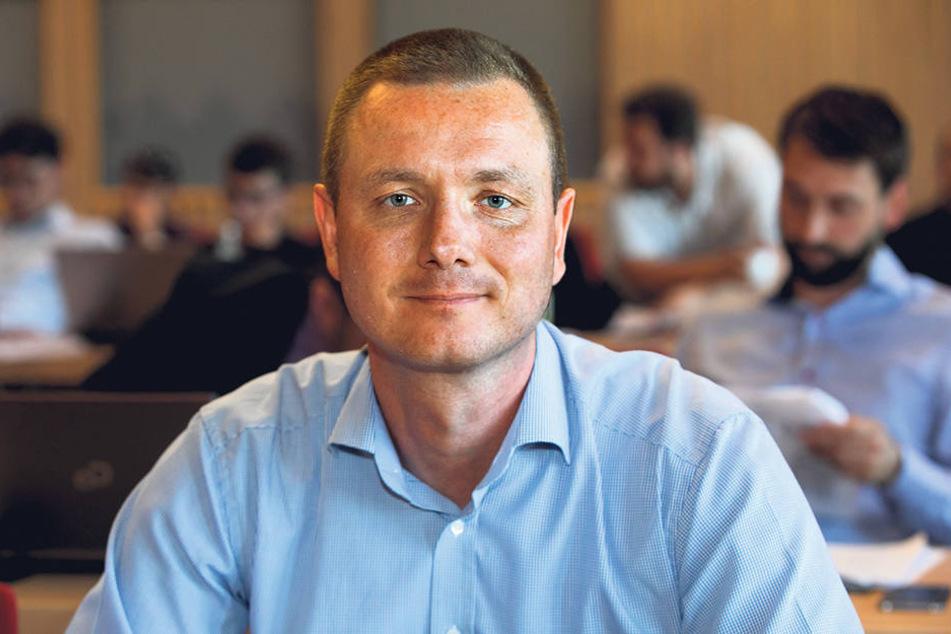 Jens Baur geriet innerparteilich unter Druck. Deshalb besteht er auf eine Unterlassung seiner Ex.