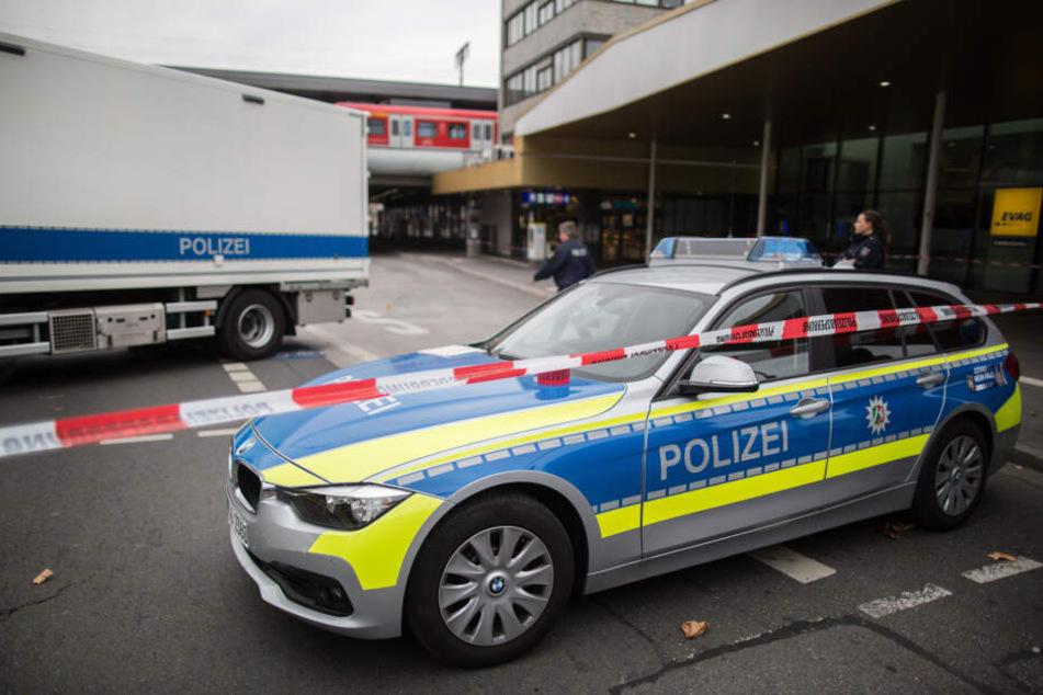 Die Polizei stoppte die Schlägerei und nahm die beiden Asylbewerber fest. (Symbolbild)