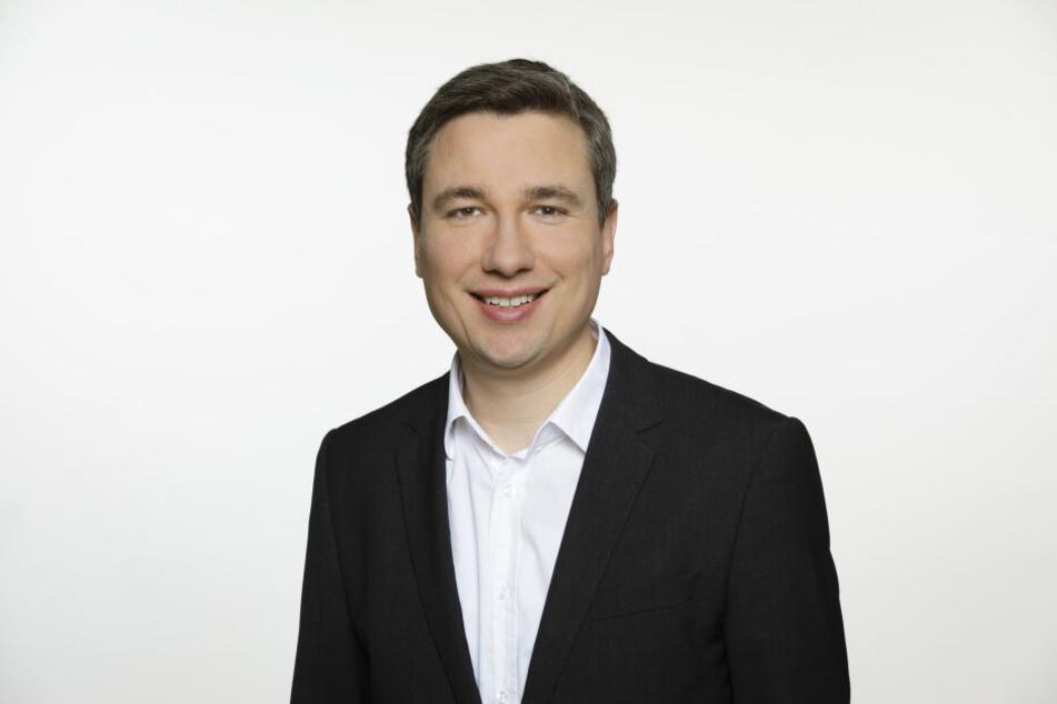 Bundestagsabgeordneter Stephan Kühn (40, Grüne) bezweifelt trotz Gesetz eine schnellere Planung und Ausbau der Strecke Chemnitz-Geithain-Leipzig.