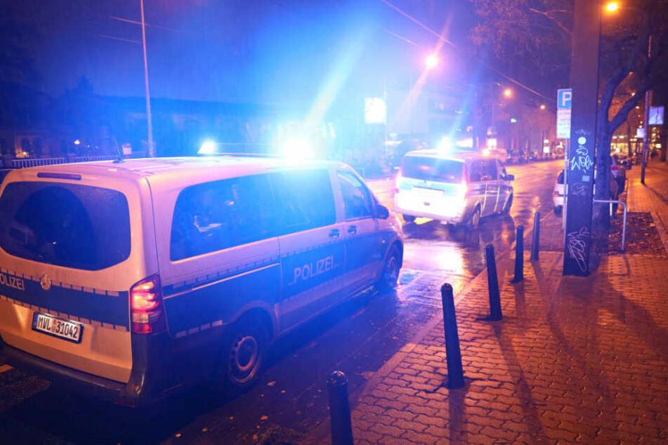 Die Kollegen der Polizeibeamten nahmen den Unfall auf.