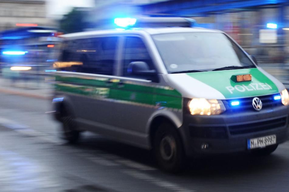 Die Polizei konnte die Räuber nach einem Überfall problemlos verhaften. (Symbolbild)