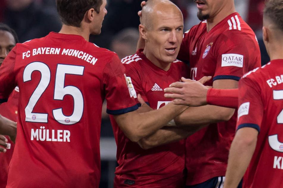 Arjen Robben und der FC Bayern München suchen aktuell nach der Form. (Archivbild)