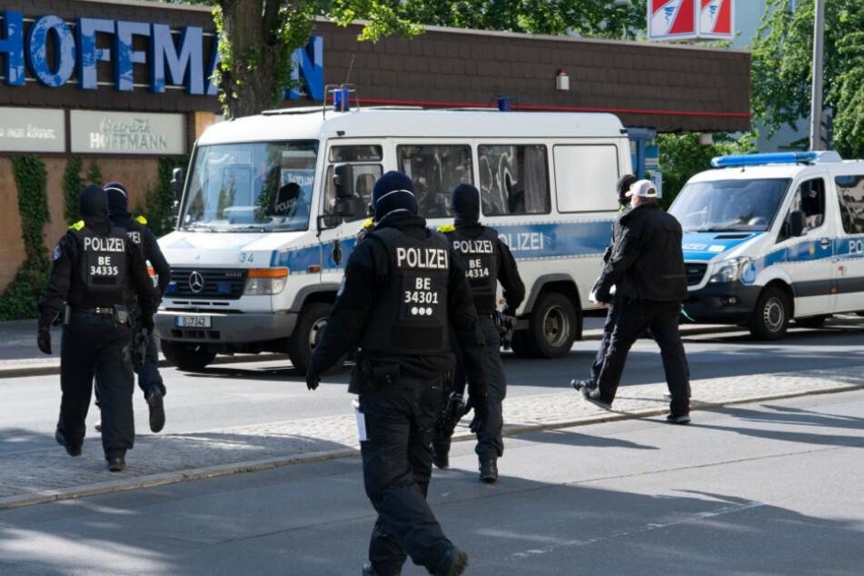 Berlin: Razzien im Berliner Drogen-Milieu: Haftbefehle vollstreckt