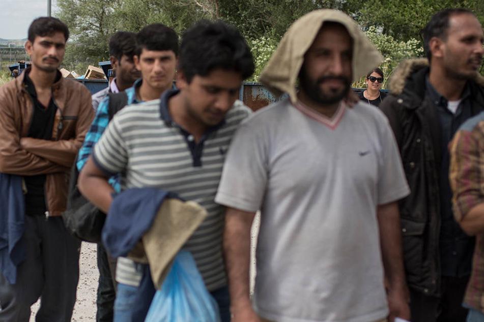 41 Migranten kamen in Thessaloniki in Gewahrsam. (Symbolbild)