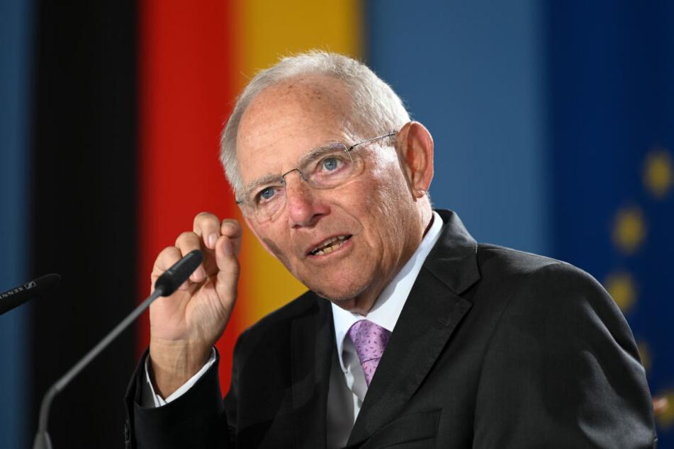 Bundestagspräsident Schäuble hat der AfD indirekt eine Mitverantwortung für den zunehmenden Antisemitismus in Deutschland gegeben.