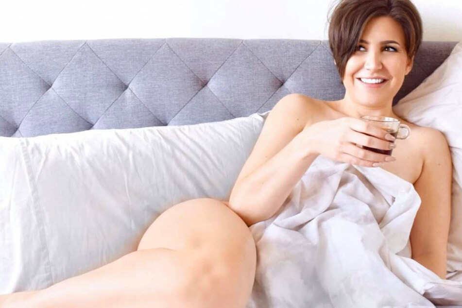 Since coming out, sex columnist Nadia Bokody has been exploring the world or lesbian online dating – but not always having success the first time around.
