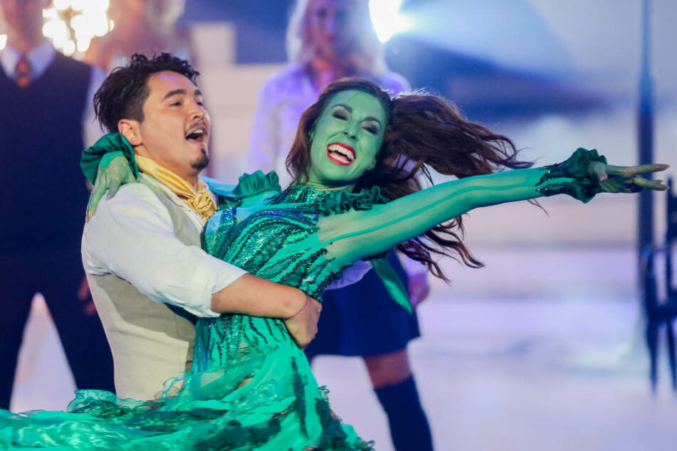 """Judith Williams und Erich Klann tanzten im Finale unter anderem ihre Version des Musical """"Wicked"""". Das reichte für Platz zwei."""