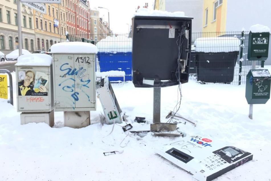 Auf dem Sonnenberg wurde ein Zigarettenautomat gesprengt.