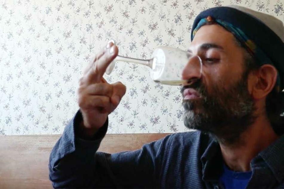 Urin in die Nase: Irrer Trick soll gegen jede Erkältung schützen