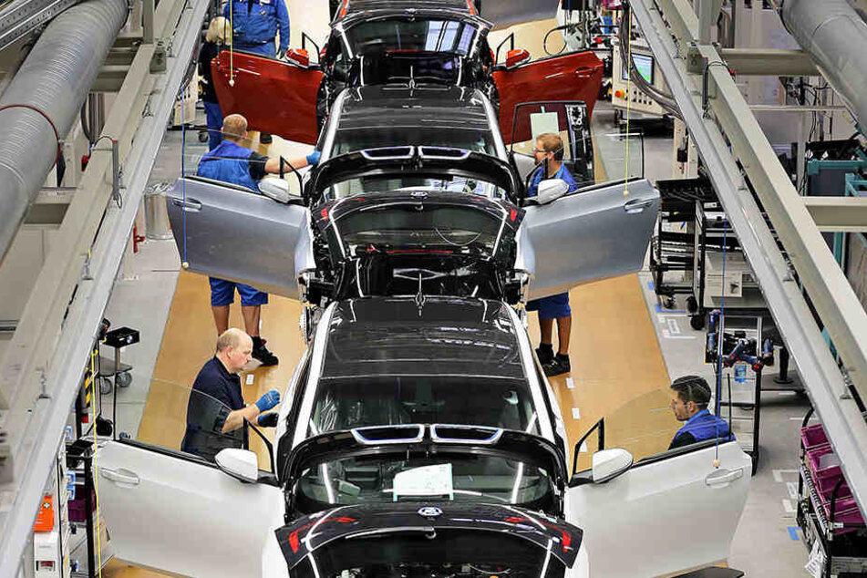 Das BMW-Werk im Leipziger Norden: Schon bald sollen sich im benachbarten Industriepark Nord weitere Automobilzulieferer ansiedeln.
