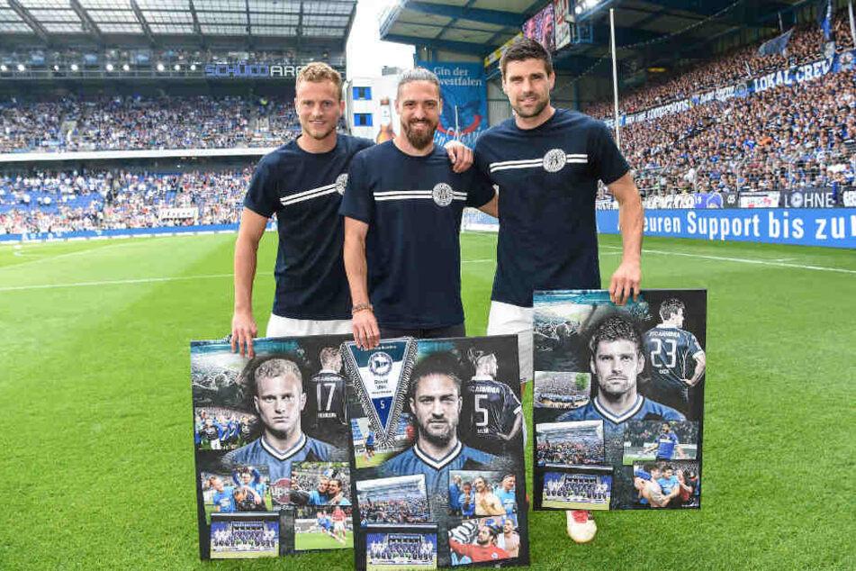 Christoph Hemlein (v.l.), David Ulm und Florian Dick wurden vor dem Spiel verabschiedet.