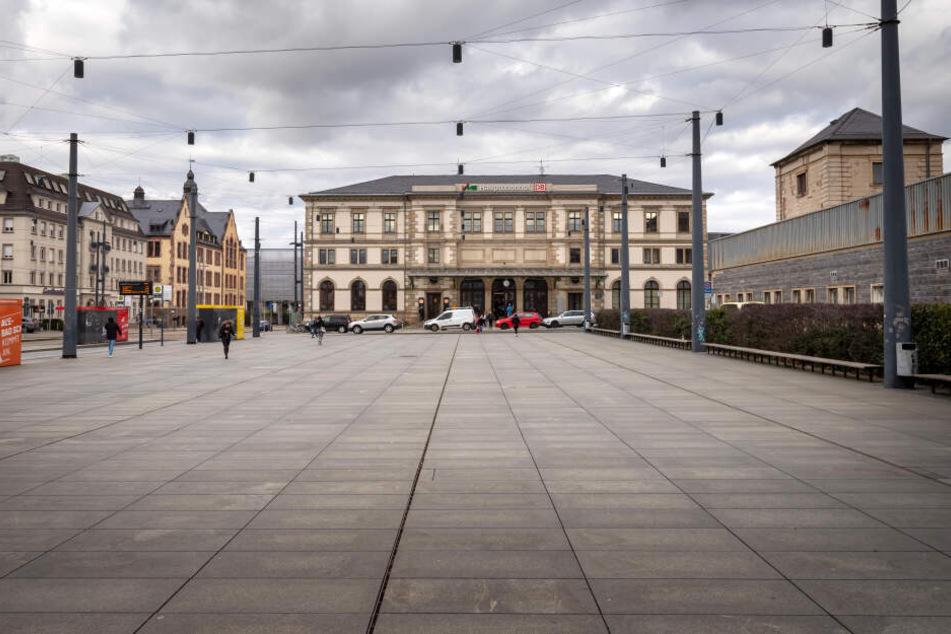 Der Hauptbahnhofs-Vorplatz in Chemnitz: Hier sollen bald Omnibusse abfahren.