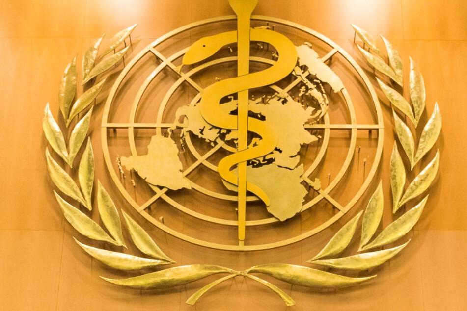 Genf: Das Logo der Weltgesundheitsorganisation (WHO) im europäischen Hauptquartier der Vereinten Nationen.