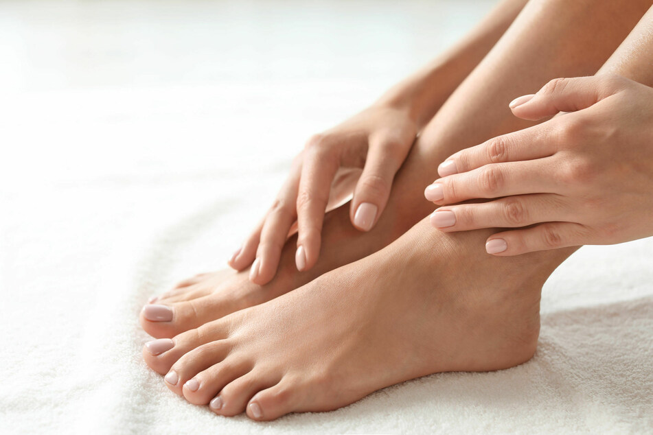 How to remove calluses and make your feet feel soft again