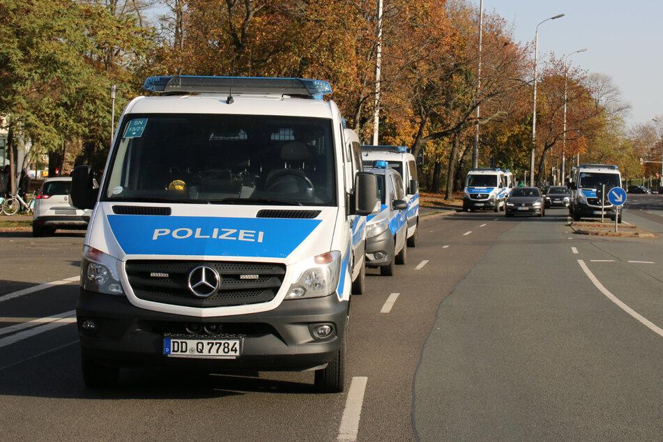 Die Polizei zeigt auch am Sonntag Präsenz.