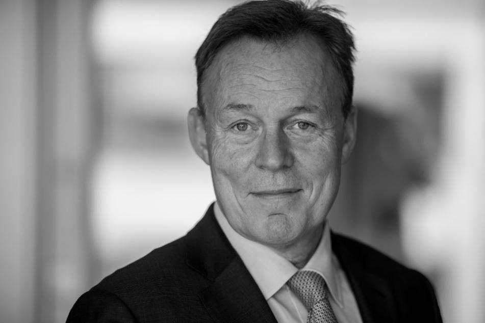 """Bundestagsvizepräsident Thomas Oppermann (66, SPD) starb am Sonntag bei Dreharbeiten für die ZDF-Sendung """"Berlin direkt""""."""