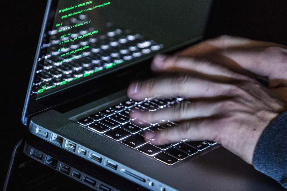 Durch ein Botnet gab es einen digitalen Angriff auf die Uni Kiel. (Symbolbild)