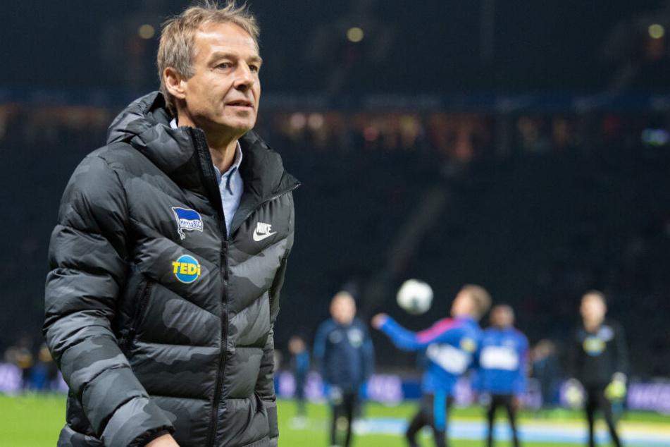 Jürgen Klinsmann hatte überraschend seinen Rücktritt als Hertha-Trainer erklärt.