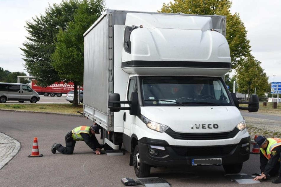 Polizei kontrolliert fast 1200 Fahrzeuge: 249 Anzeigen