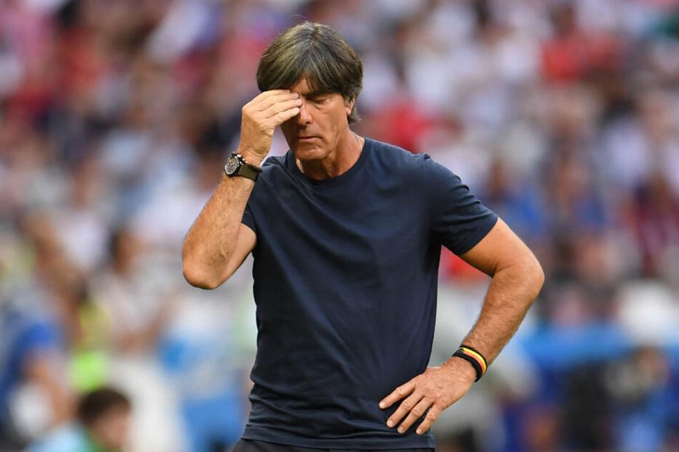 Ein Bild, welches das Turnier in Russland wiederspiegelt. Bundestrainer Joachim Löw wollte schon gar nicht mehr hinsehen.