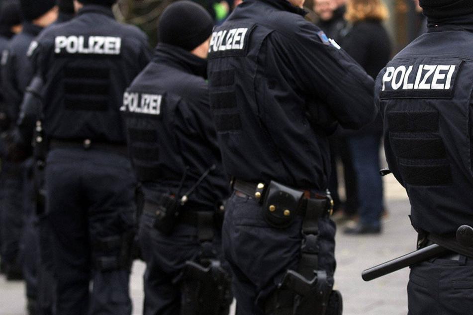 Ein Mann hat in Thüringen drei Personen attackiert, eine davon getötet (Symbolbild).