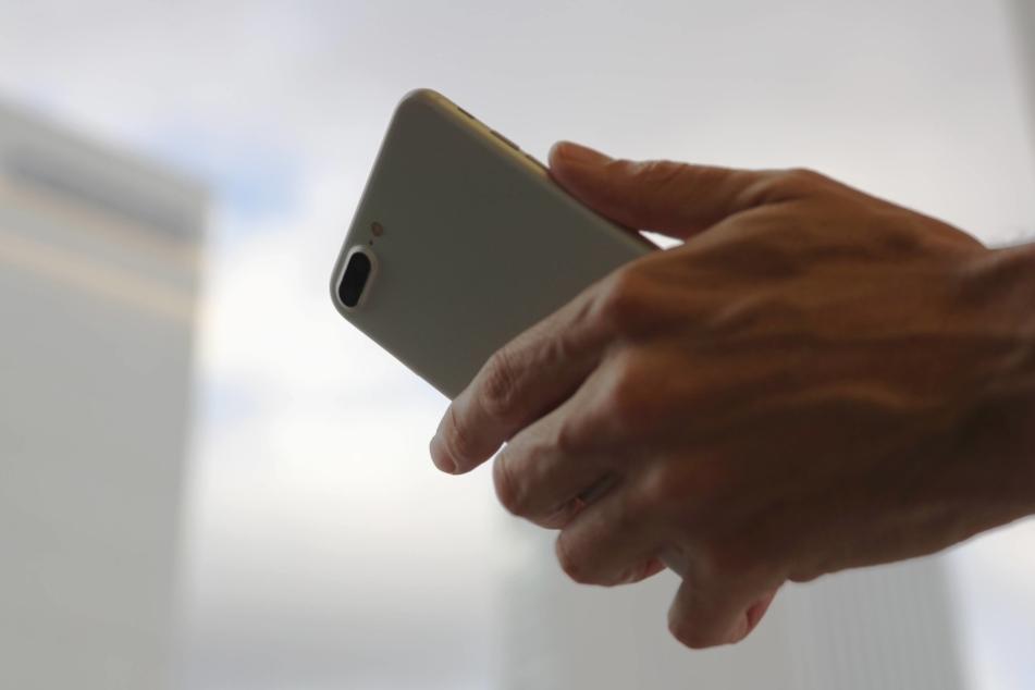 Wer die iCloud eingeschaltet hat, der muss damit rechnen, dass seine Anrufliste bei Apple landet.