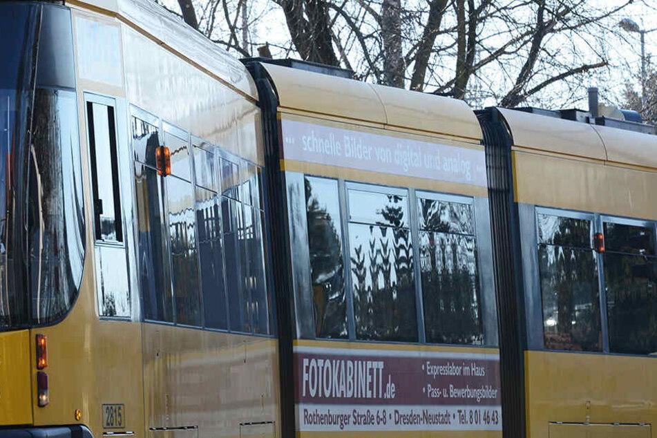 In einer Dresden Straßenbahn wurde ein Passagier ohne Ticket handgreiflich.
