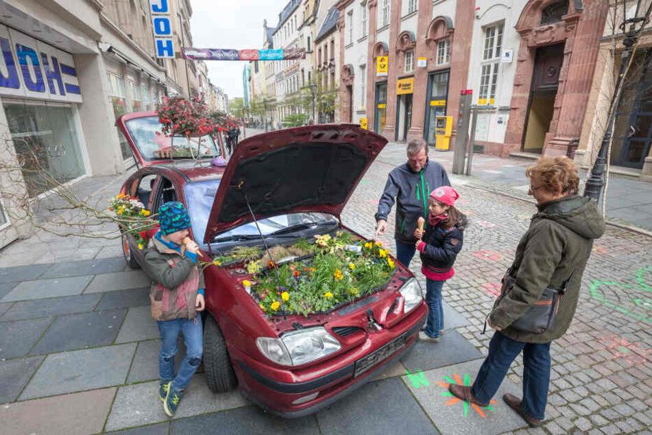 Mit der Aktion gehen zahlreiche Veranstaltungen einher: zum Beispiel der Street Food Markt und der Frühlings- und Ostermarkt.