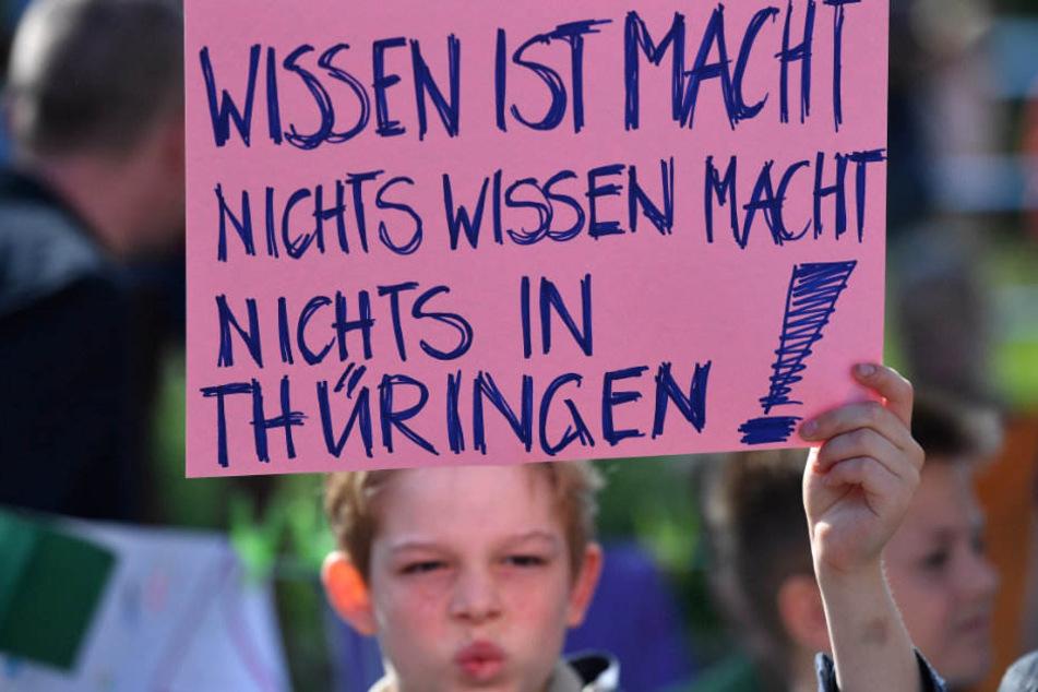 Besonders die Schüler leiden unter dem akuten Lehrermangel in Thüringen.