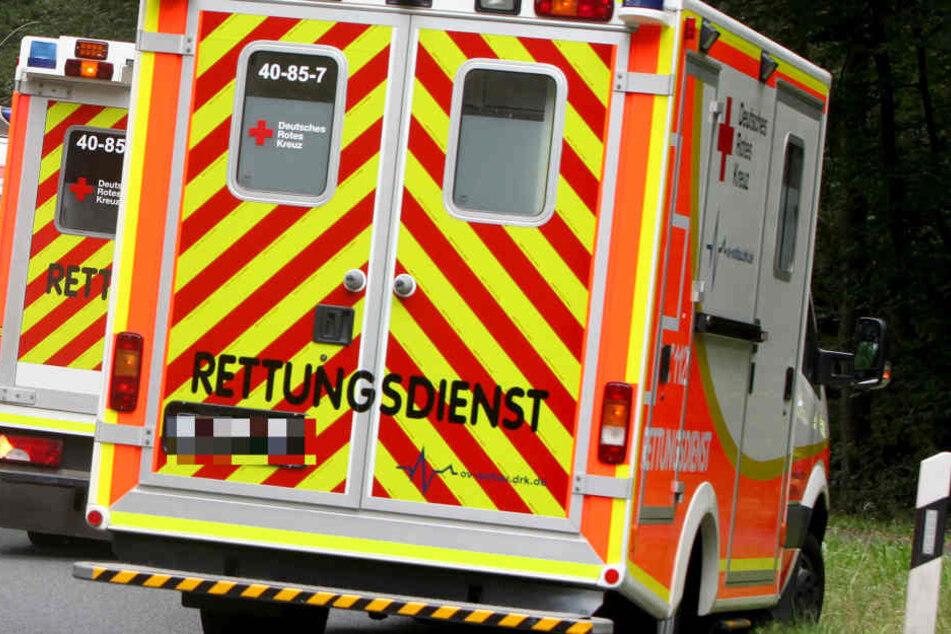 Fünf Menschen wurden bei dem Unfall verletzt. (Symbolbild)