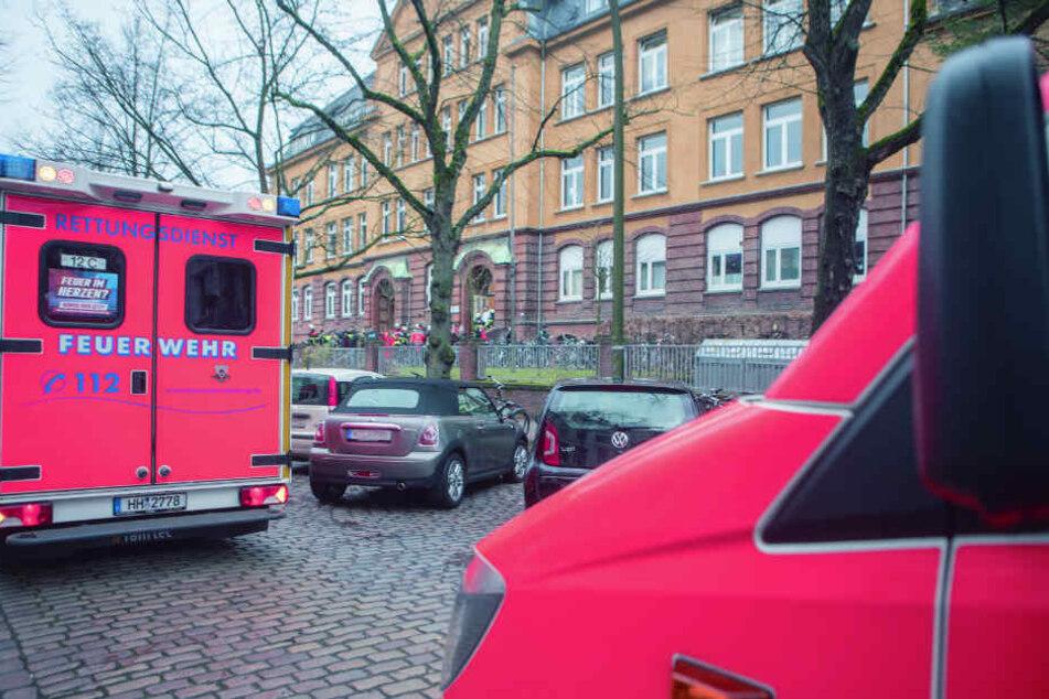 Auch mehrere Krankenwagen waren vor Ort.