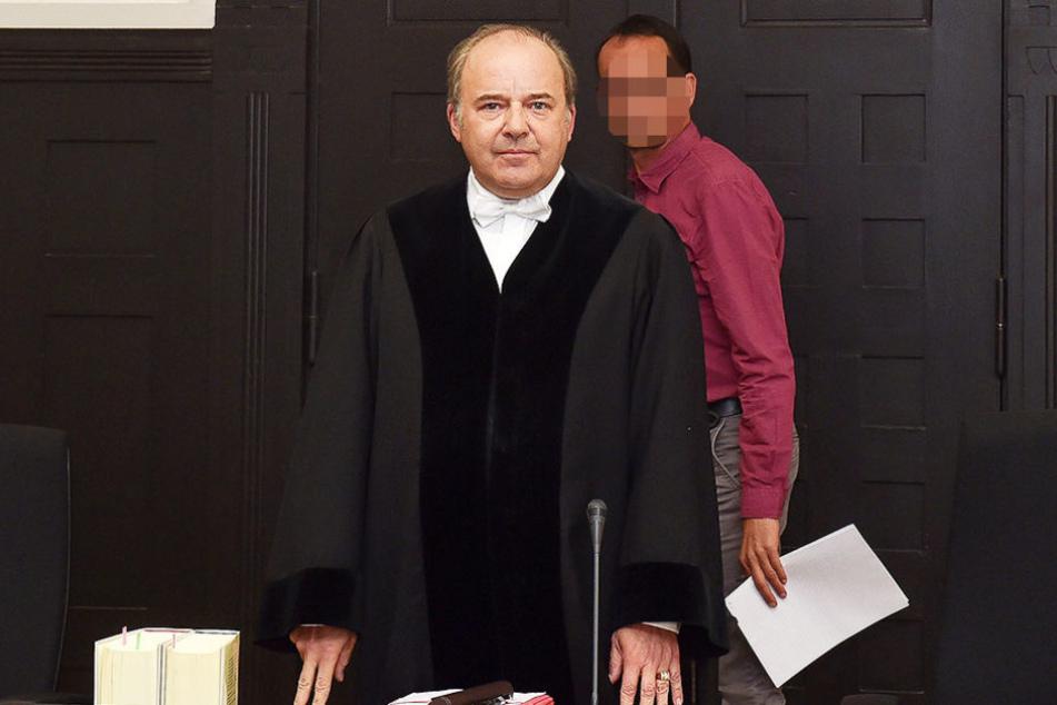 Richter Dirk Hertle (53) ließ sich vom Angeklagten nicht auf der Nase rumtanzen, wies ihn mehrfach lautstark zurecht.