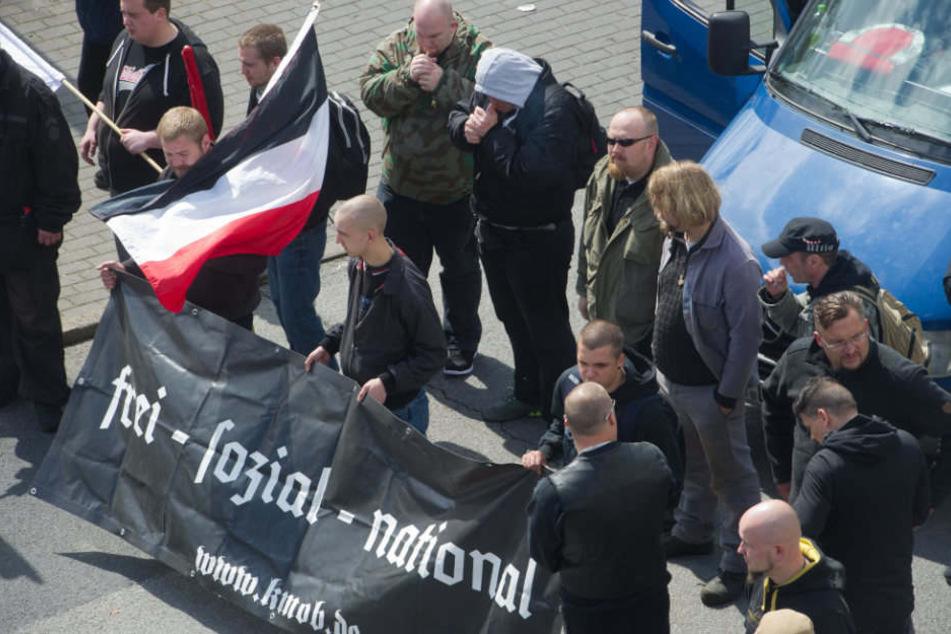 Neonazis sagen Aufmarsch in Spandau ab und ziehen nach Friedrichshain