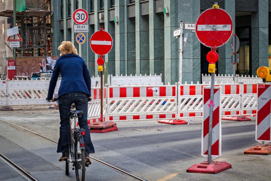Es gibt wohl keine Woche in Chemnitz, in der die Baustellen den Autofahrern das Leben nicht schwer machen. (Symbolbild)