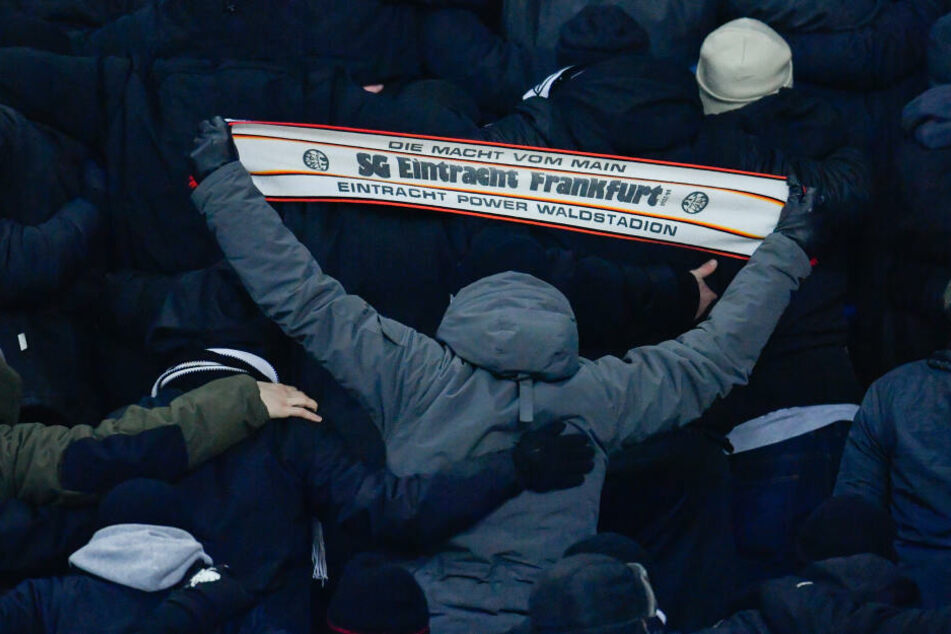 Eintracht-Anhänger beim Hinspiel in Charkiw.