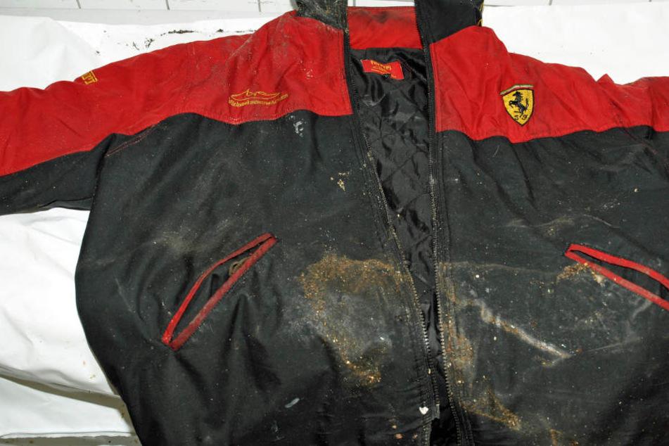 Das Foto zeigt die auffällige Ferrari-Jacke des Toten.