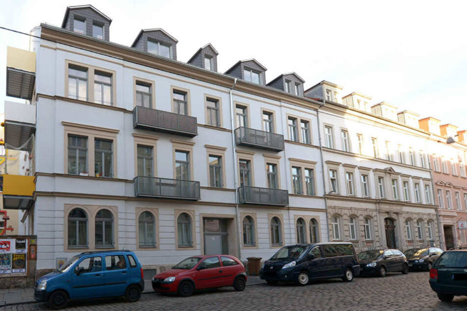 In einem Hauseingang auf der Katharinenstraße wurde eine 15-Jährige vergewaltigt. (Symbolbild)