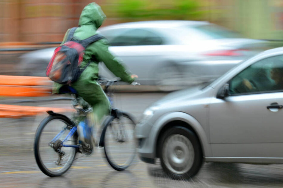 Die Autofahrerin muss sich nun wegen fahrlässiger Körperverletzung und Unfallflucht verantworten.
