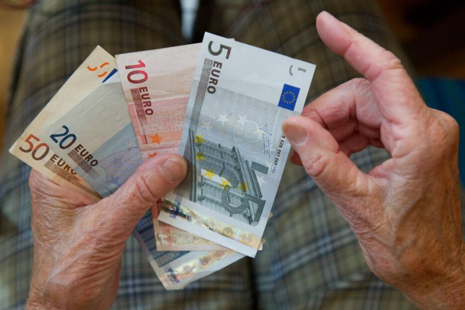 Das Bundeskabinett beschließt die Grundrente. (Symbolbild)